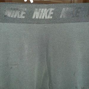 Nike stretch active leggings